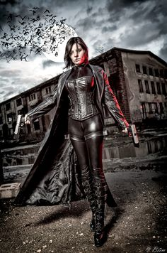 Selene from Underworld Cosplay http://geekxgirls.com/article.php?ID=6419