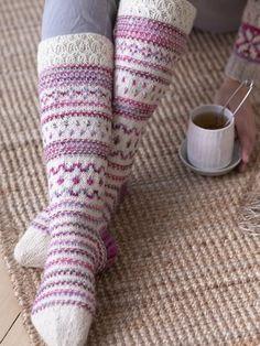 Kirjoneulevillasukat 4 Ply Yarn, Wool Yarn, Wool Socks, Knitting Socks, Coral Turquoise, Aqua Blue, Foot Warmers, Circular Needles, Main Colors