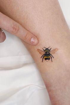 Animal Tattoos For Women, Small Animal Tattoos, Cute Small Tattoos, Pretty Tattoos, Tattoos For Women Small, Mini Tattoos, Cute Tattoos, Cute Little Tattoos, Small Couple Tattoos