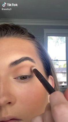 Makeup Eye Looks, Makeup For Brown Eyes, Pretty Makeup, Skin Makeup, Eyeshadow Makeup, Makeup Inspo, Makeup Inspiration, Daytime Eye Makeup, Maquillage On Fleek