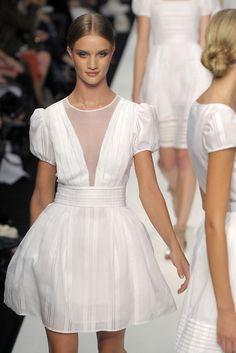 loveeee the little white dress