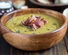 Velouté poids plume de petits pois à la viande des Grisons et fromage frais : http://www.fourchette-et-bikini.fr/recettes/recettes-minceur/veloute-poids-plume-de-petits-pois-la-viande-des-grisons-et-fromage-frais