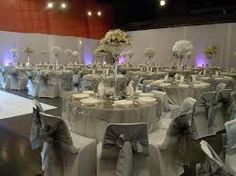 Id e mariage on pinterest mariage plan de tables and deco - Decoration gris et blanc ...