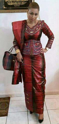 Malian Fashion bazin #Malifashion #bazin ~African fashion, Ankara, kitenge, African women dresses, African prints, African men's fashion, Nigerian style, Ghanaian fashion ~DKK African Print Dresses, African Print Fashion, Africa Fashion, African Fashion Dresses, African Dress, Ghanaian Fashion, African Prints, African Attire, African Wear