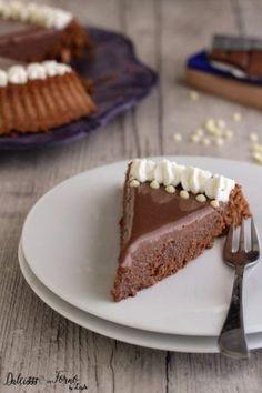 Torta Lindt, ricetta golosissima al cioccolato Dulcisss in forno by Leyla