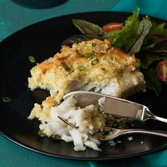 This recipe is delicious. Obviously one can splurge out on salmon or kingklip for a special treat, but hake is very good done this way. Banting Recipes, Low Carb Recipes, Cooking Recipes, Healthy Family Meals, Healthy Snacks, Fish Recipes, Seafood Recipes, How To Cook Fish, South African Recipes