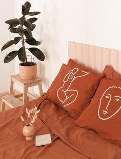 Camelia Terracota - Cojín algodón – Studio.fi