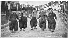 Dutch boys in 1906