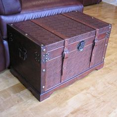 Georgetown Medium Faux Leather Wooden Chest | Overstock.com Shopping - Big Discounts on Decorative Trunks