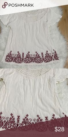 Cream blouse 🌿 🌿 cream shirt sleeved top  🌿 size Small  🌿 fringes on bottom  🌿 marroon designs on bottoms  🌿 gently used great condition  🌿 MAKE ME AN OFFER  🌿 ask if you have questions Tops Blouses