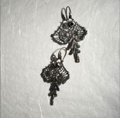 REVERSE by MyKi earrings, silver, black diamonds Серьги REVERSE by MyKi, серебро, черные бриллианты