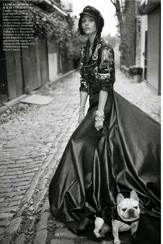 15a1ed00e593 Sasha Pivovarova por Glen Luchford para Vogue Paris Novembro 2014   Editorial  Vestidos Negros