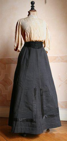 Edwardian Fashion, Vintage Skirts, Woman Fashion, Fashion History, History 1900S, 1900S Skirts, Day Dresses, 1900 S, Clothing 1900
