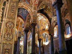 **Arcos torales en el crucero de la iglesia de La Martorana de Palermo.