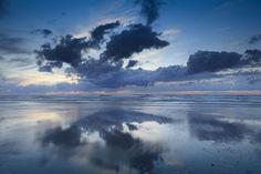 wolken aan de Noordzee auf Leinwand, Alu-Dibond, Xzpozer und Poster.