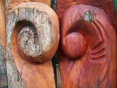 New Zealand native timber chainsaw carved garden art by Michael Walsh, Kakahi Ne. Sculpture Art, Garden Sculpture, Chainsaw, Art Blog, Garden Art, New Zealand, Nativity, Carving, Art Carved