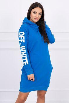 Moderné šaty na voľnočasové aktivity. Športové šaty kráľovská modrá s krásnou potlačou Smart Casual, Mauve, Off White, Overalls, Fashion Dresses, High Neck Dress, Calvin Klein, Sleeves, Sweaters