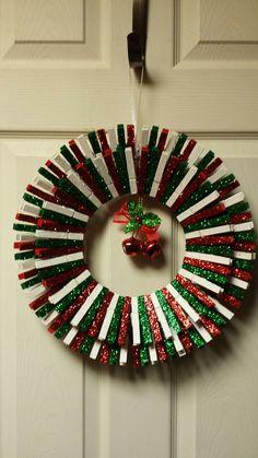 Christmas clothespin wreath