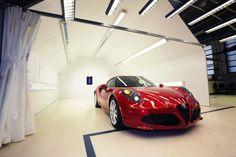 Alfa Romeo 4C factory visit
