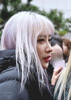 Kpop, Hani, Korean Singer, Asian Beauty, Picture Video, Culture, Actors, Stylish, Pretty