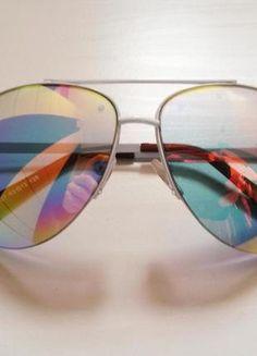 Kup mój przedmiot na #Vinted http://www.vinted.pl/kobiety/inne-akcesoria/8579442-okulary-przeciwsloneczne-tecza-biale-oprawki