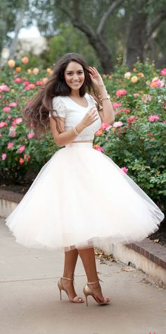 Women's fashion | Oversize pastel tulle skirt with lace crop top