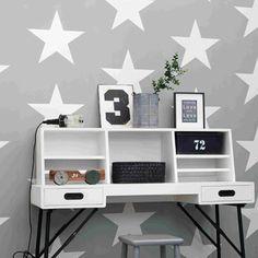 Big star 701 behang Everybody Bonjour Esta For Kids Big Star, Kidsroom, Floating Shelves, Wood Projects, Office Desk, Corner Desk, Bookcase, Stars, Baby