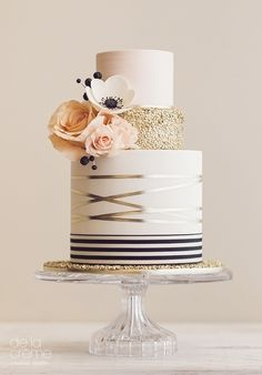 Wedding cake from De la Creme Creative Studio Blush, gold, black modern, geometric, simplicity combined with an amazing attention to every detail… perfectly romantic!