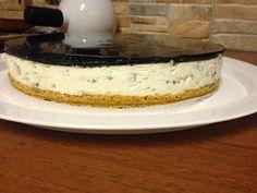Herkkuhammasta kolottaa: Sitruuna-lakritsi-salmiakki juustokakku