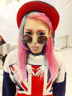 kawaii cute girl dyed hair pink teal aqua pastel harajuku japan japanese girl fashion