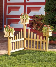 60 Gorgeous DIY Projects Pallet Fence Design Ideas 48 – Home Design Fence Planters, Flower Planters, Planter Boxes, Big Planters, Succulent Planters, Concrete Planters, Hanging Planters, Succulents Garden, Corner Plant
