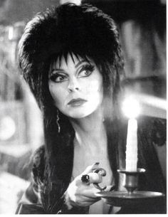 Elvira mistress of the dark Cassandra Peterson Кассандра Петерсон Эльвира повелительница тьмы