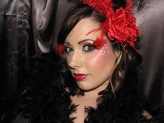 Halloween Look: Moulin Rouge Makeup Moulin Rouge Fancy Dress, Moulin Rouge Outfits, Burlesque Makeup, Burlesque Party, Makeup Guide, Makeup Geek, Makeup Ideas, Halloween Looks, Halloween Face Makeup