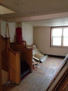 What our Salon first looked like. #workinprogress #lickofpaint #salon http://simonethomas.com/
