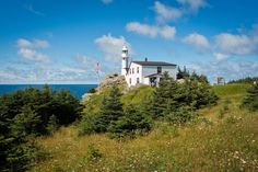 Hiker's guide to Gros Morne National Park Gros Morne, Snug Harbor, Atlantic Canada, Parks Canada, Newfoundland And Labrador, Day Hike, World Heritage Sites, Hiking Trails, Geology