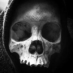 SKULL PHOTOGRAPHY - Photographer - @mindphaser369 -  - For more @skullic posts ...  and Follow … #skull #skulls #skullart #skullposters #skullphotography #humanskull #dark #darkart #tetedemort #art #macarbe #photography #skullic