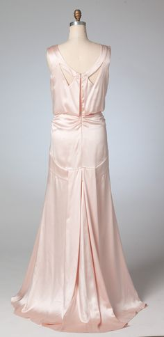 Gorgeous! Back full view of M7154, Archive Collection 1930s-era gown sewing pattern from McCall's. Best for lightweight, drapey fabrics like silk charmeuse.