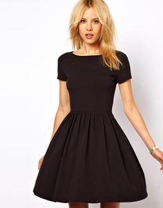 { Skater Dress With Slash Neck And Short Sleeves }