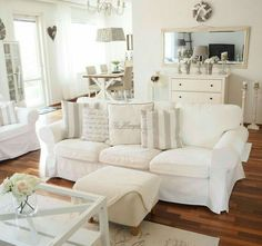 Ektorp sofa in a vintage-style living room - Zimmer - Home Sweet Home Shabby Chic Living Room, Shabby Chic Homes, Shabby Chic Furniture, Shabby Chic Decor, Shabby Chic Salon, Shabby Chic Sofa, Antique Furniture, Modern Furniture, Living Room Sofa