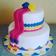 pedi traditional wedding decor pictures - Google Search Traditional Wedding Decor, Traditional Cakes, African Wedding Dress, Wedding Dresses, Pedi, Wedding Decorations, Birthday Cake, Google Search, Desserts
