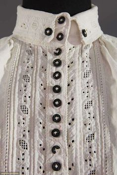 North America's auction house for Couture & Vintage Fashion. Augusta Auctions accepts consignments of historic clothing and textiles from museums, estates and individuals. Folk Costume, Costumes, Vintage Outfits, Vintage Fashion, Clothing And Textile, Historical Clothing, Traditional Dresses, Auction, October 25