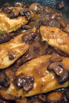 Chicken Marsala (Weight Watchers) ~ This is a Weight Watcher Recipe 4 Pts It is very good as is, I like to add a chopped onion (sauteed with the mushrooms) and fresh rosemary. I serve it with Penne Pasta and a big salad.I love Chicken Marsala! Skinny Recipes, Ww Recipes, Dinner Recipes, Cooking Recipes, Healthy Recipes, Dinner Ideas, Cooking Ham, Cooking Rice, Cooking Salmon