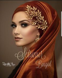 Gökdefilemiz squares🌹Setr-i Nur TC Gökhan Duman 🌹fotogr . Wedding Hijab Styles, Hijab Wedding Dresses, Mode Turban, Turban Hijab, Muslim Fashion, Hijab Fashion, Glamour Moda, Simple Hijab, Bridal Hijab