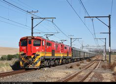 Net Photo: 18699 Transnet Freight Rail Electric at Western Cape, South Africa by Fanie Kleynhans South African Railways, Electric Locomotive, Train Journey, Cape, Vehicles, Trains, Mantle, Cabo, Car