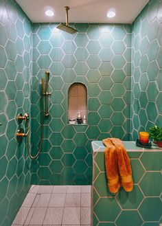 zen Bathroom Decor This guest bathroom features our Hexagons in Tidewater on the walls with our Handpainted Summit tiles in Neutral Motif on the floors + arched niches. Zen Bathroom, Small Bathroom, Master Bathroom, Green Bathroom Tiles, Bathroom Showers, Brown Bathroom, Bathroom Ideas, Bathroom Cost, Pink Bathrooms