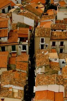 I adore Italy Rooftops.