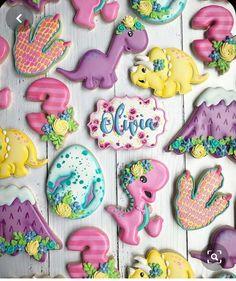 Third Birthday Girl, Dinosaur Birthday Cakes, 2nd Birthday Party Themes, Dinosaur Party, Birthday Ideas, 4th Birthday, Elmo Party, Mickey Party, Die Dinos Baby