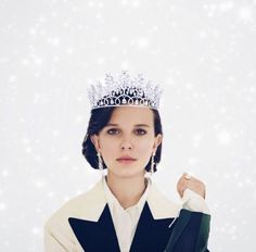 Millie is a true queen! Eleven Stranger Things, Stranger Things Netflix, Millie Bobby Brown, She Is Gorgeous, Beautiful, Lp Laura Pergolizzi, Idol, Browns Fans, Enola Holmes