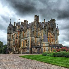 Blarney House, Cork, Ireland. 🌍🇮🇪🏰☘ Regrann from @lusy_zavyalova Please check out this Beautiful Gallery! ✨📷 ••••••••••••••••••••••••••••••••••••••••••••••••••• #beautiful #architecture #love #traveler #ireland #art #sky #town #city #arts #instagood #amazing #bestoftheday #travelphotography #photooftheday #igtravel #worldplaces #instatravel #vsco #vscocam #travel #amazingsmalltowns #mycity #europe #travelling #travelgram #trip #holiday #tourism #instamood
