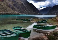 Blue glass #llanganuco #chinancocha #yanapaccha #cordillerablanca #huascarannationalpark #peru #ancash #lake #laguna #mountains #highaltitude #boats #trekking #adventure #igersperu #igersancash #natgeotravel #travel #explore
